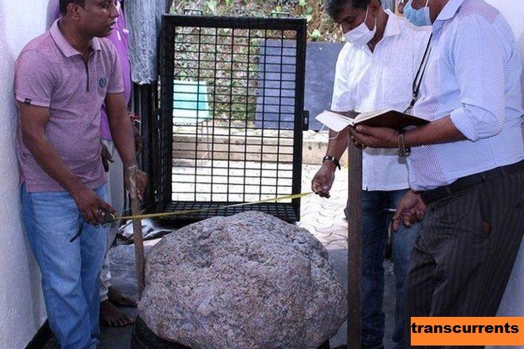 Permata Sapphire Terbesar Ditemukan Di Sri lanka